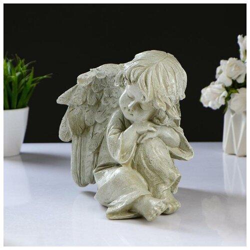 Хорошие сувениры Фигура Ангел спящий на коленке 23х18см фигура ангел спящий на шаре белый 15х19х40см 951205