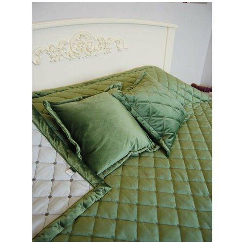 Покрывало бархат-велюр стёжка-вышивка 260 х 240 см с двумя подушками