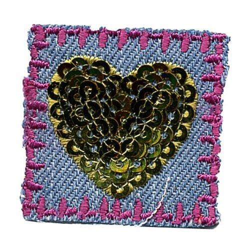 Фото - Термоаппликация HKM Сердечко из пайеток, 1 шт 5 х 3 см scb271028 металлическая подвеска сердечко белая ножка 9 см сердечко 5 3 см scrapberry s