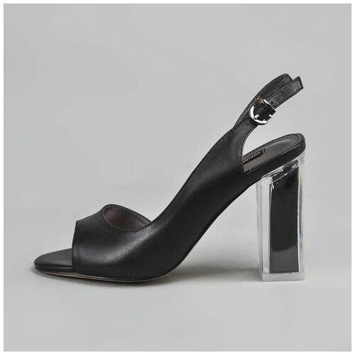 L.B. Туфли черные на каблуке (37)