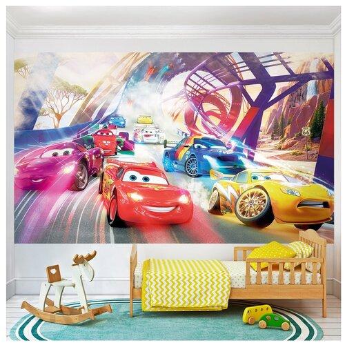 Фотообои Машины гоночные Тачки в городе/ Красивые стильные обои на стену в интерьер комнаты/ Детские для мальчика подростка/ В детскую спальню/ размер 300х180см/ Флизелиновые