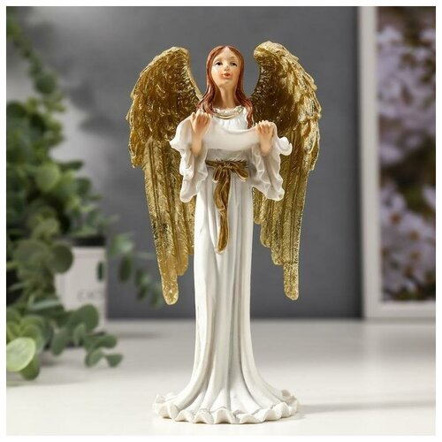 Сувенир полистоун Девушка ангел-хранитель с золотыми крыльями, в белом платье 16х8х5 см 4838696