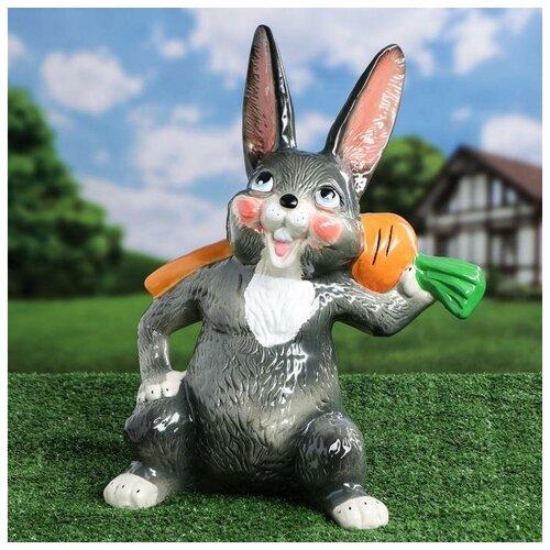 Садовая фигура Заяц с морковкой, 42 см 4236491 садовая фигура заяц с коромыслом h 35см