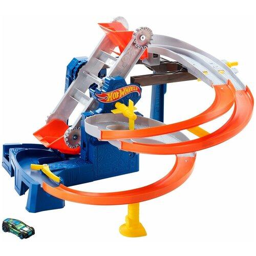 Набор игровой Hot Wheels Сити автотрек Транспортер FDF28 mattel автотрек hot wheels винтовое столкновение