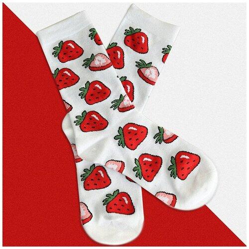 Длинные носки с фруктами и ягодами