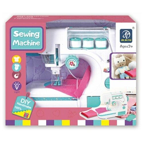 Бытовая техника Наша Игрушка Швейная машинка, нитки 3 шт, коробка (7922)