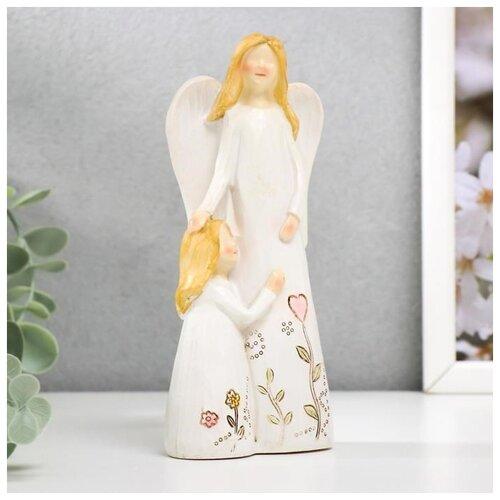 Сувенир полистоун Девушка ангел с малышкой, с цветами на платье МИКС 15х7х4,5 см