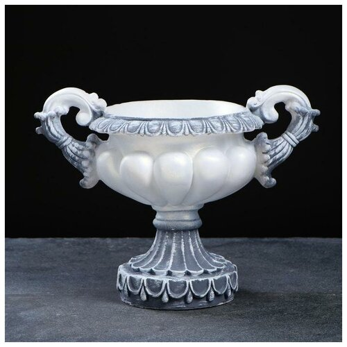 Фигурное кашпо - ваза