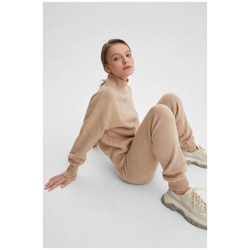 Костюм: свитер оверсайз и брюки K-713-PHR-430 Бежевый (AW21/22) Бежевый 44-46