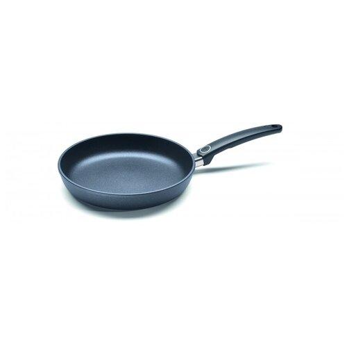 Сковорода WOLL серии Titanium Nowo, (арт. 526N), d-26 см, h-5 см (фиксированная ручка) сковорода skk сковорода d 24 h 6 5 см съем ручка о66244