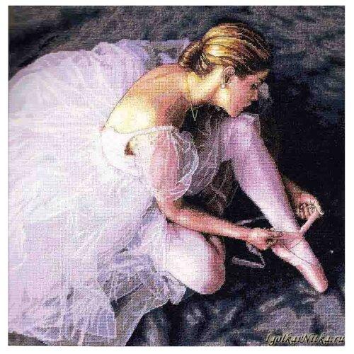 Купить Dimensions Набор для вышивания Прекрасная балерина 36 х 36 см (35181), Наборы для вышивания