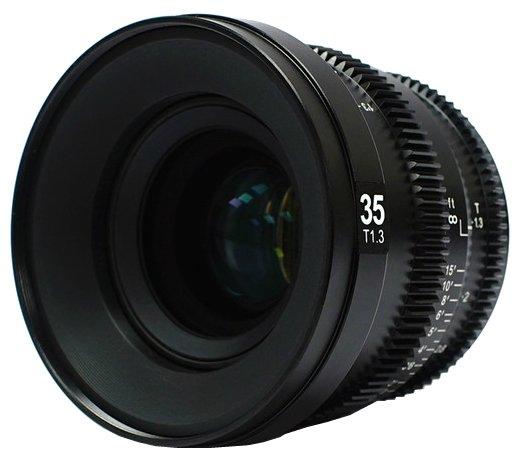 Объектив SLR Magic 35mm T1.3 Sony E
