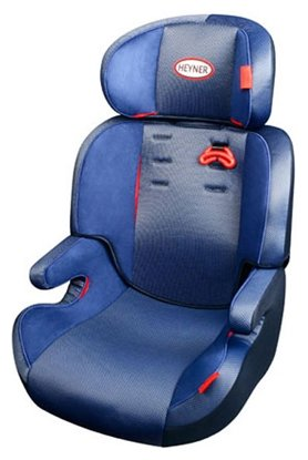 Автокресло группа 2/3 (15-36 кг) Heyner MaxiProtect Comfort