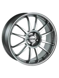 OZ 8x18/5x120 ET40 D79 Superleggera Race Silver - фото 1