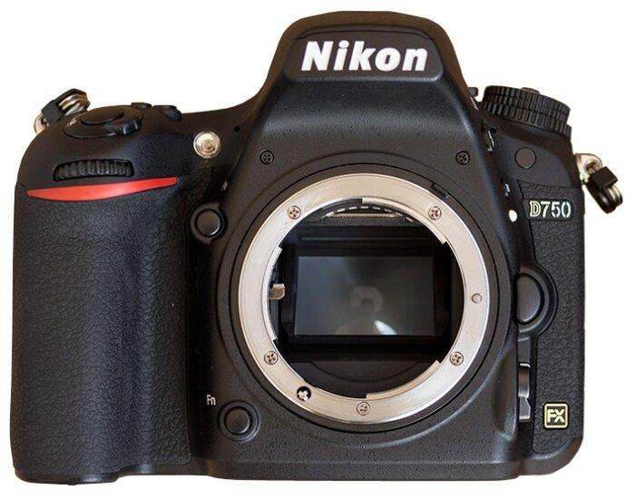 Цифровой зеркальный фотоаппарат NIKON D750 Body