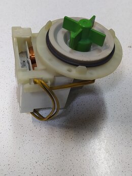 Аксессуары и запчасти - Сливная помпа для стиральной машины Bosch, 0