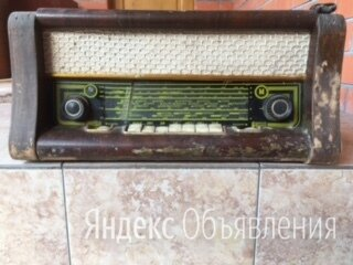 Коллекционный ламповый радиоприемник по цене 15700₽ - Музыкальные CD и аудиокассеты, фото 0