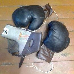 Боксерские перчатки - Боксерские перчатки и защитный шлем, 0