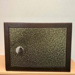 Сейфы - Компактный сейф, 0