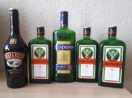 Бутылки - Пустые бутылки от элитных напитков, 0