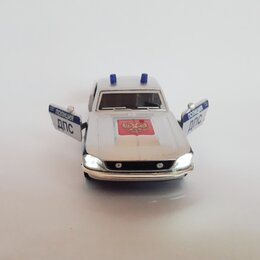 Модели - Модель Highway Muscle Car, М-1:32, со светом фар, 0