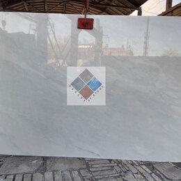 Плитка из керамогранита - Слэбы белого уральского мрамора Полоцкий, 0