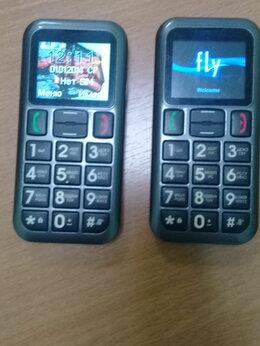 Мобильные телефоны - телефон Fly Ezzy 5, 0