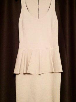Платья - Платье с баской( светло- бежевое) , 0
