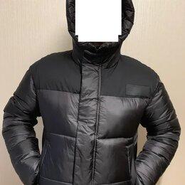 Куртки - Утеплённая куртка-бомбер с капюшоном, 0
