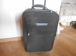 Чемоданы - Небольшой удобный чемодан, 0