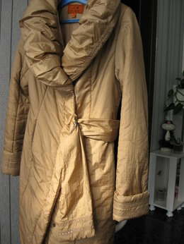 Пальто - Пальто утепленное р.44-46, состояние нового, 0