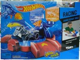 Радиоуправляемые игрушки - Трек Hot Wheels Акула меняет цвет+водный пистолет, 0