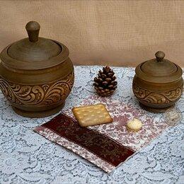 Солонки, перечницы и ёмкости для специй - Кухонные наборы: Набор сахарница - солонка горшочки.Резьба по дереву, 0