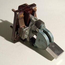 Электрические щиты и комплектующие - Выключатель нагрузки двухфазный СССР на 63 ампер, 0