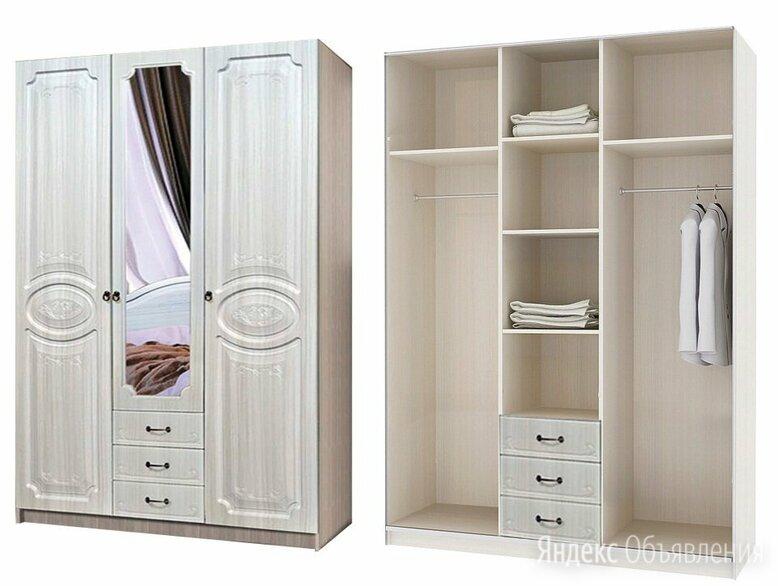 Шкаф трехстворчатый с зеркалом по цене 22990₽ - Шкафы, стенки, гарнитуры, фото 0