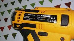 Аккумуляторные отвертки - Шуруповерт новый , 0