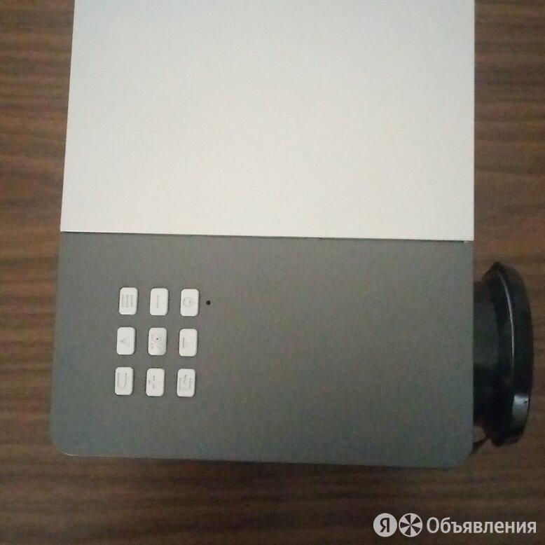 портативный мини-проектор GM50 3D HD по цене 3000₽ - Проекторы, фото 0