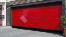 Заборы и ворота - Подъёмные ворота красного цвета из секций, 0