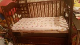 Кроватки - Детская кроватка с маятником и с матрасом…, 0