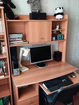 Компьютерные и письменные столы - Мебель школьника, 0