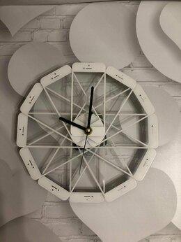 Часы настенные - Эксклюзивные Apple Watch White Настенный вариант, 0