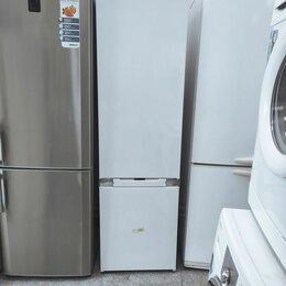 Холодильники - Встраиваемый холодильник комби Hotpoint-Ariston BCB 33 A F с гарантией, 0