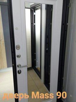 Входные двери - Двери входные MASS 90 с зерклом, 0