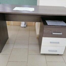 Компьютерные и письменные столы - Стол прямой с тумбой, 0