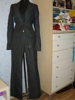 Костюмы - Брючный костюм Pinko р 40, 0