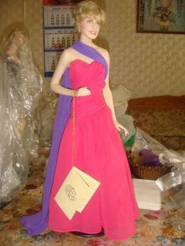 Куклы и пупсы - Кукла фарфор Принцесса Диана в вечернем платье…, 0