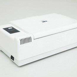 Туалетная бумага и полотенца - Оборудование для педикюрного кабинета УФ-камера Микроцид, 0