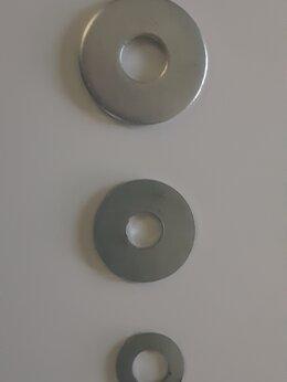 Шайбы и гайки -   Шайба оцинкованная усиленная М 10 DIN 9021, 0