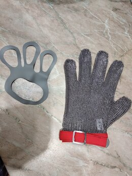 Рукавицы, прихватки, фартуки - Новая кольчужная перчатка + натяжитель и х/б…, 0