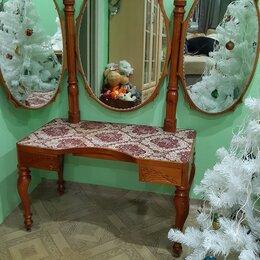 Столы и столики - Мебельный будуарный гарнитур, винтаж, 0